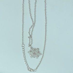 NEW shiny silver rhinestone snowflake necklace